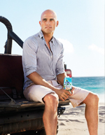 Kelly Slater signs with Vita Coco